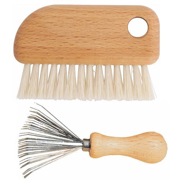 Hair brush cleaning set