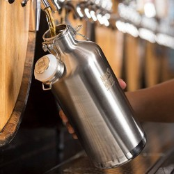 "Stainless steel vacuum insulated bottle ""Growler"" 1900 ml."