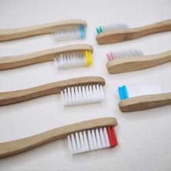"""Cepillo de dientes de bambú """"Boo"""", Suave"""