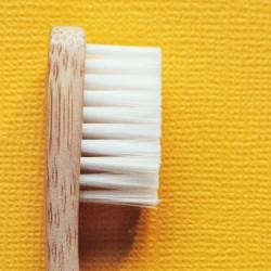 Brosse à dents en bambou Boo, Médium