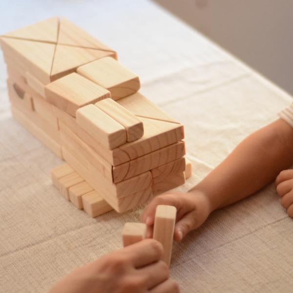 Jeux de construction en bois