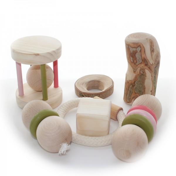 Tesoros de madera para bebés